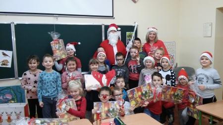 6 grudnia do pierwszaków zawitał Mikołaj.